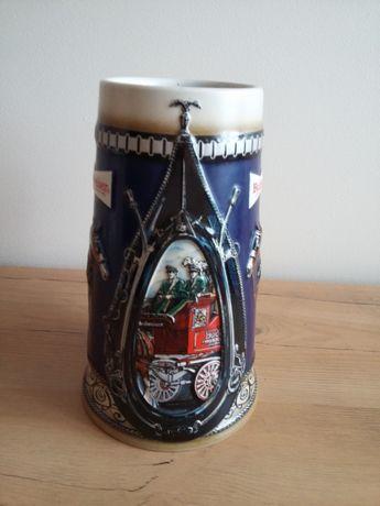 Kufel ceramiczny Budweiser. . Ręcznie malowany .