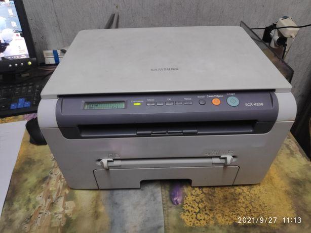 Отличный принтер МФУ Samsung 4200