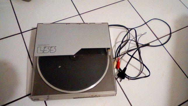 Gramofon Hitachi HT L - 33
