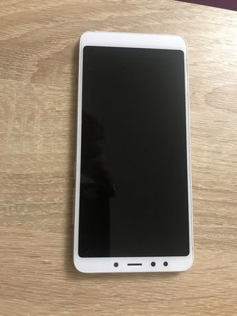 Продам телефон xiаomi redmi notе 5 (2/16gb)