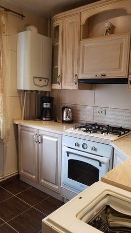 Здам 2х кімнатну квартиру на Типографії, газове опалення, ремонт.