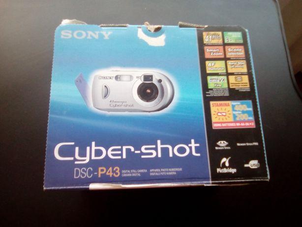 Oportunidade 25%desconto Maquina Fotográfica Sony Cyber-Shot como nova