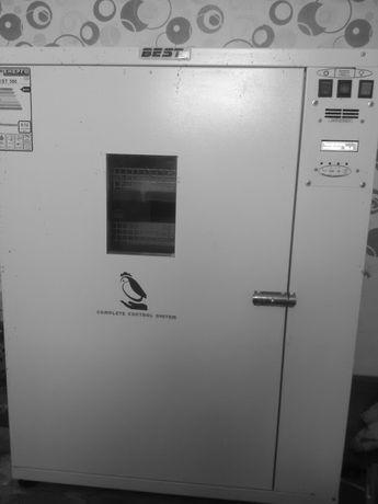 Продам инкубатор Бест 500