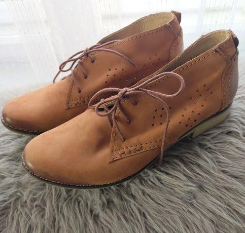 Skórzane buty Uniwersal rozm 37