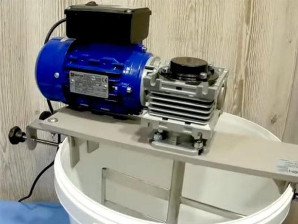 Кремовалка, медогонка, червячный мотор-редуктор, NMRV, RDVG, вариатор