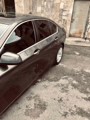 BMW 528 продається