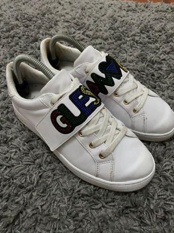 Tenis / Sapatos / Sapatilhas Guess