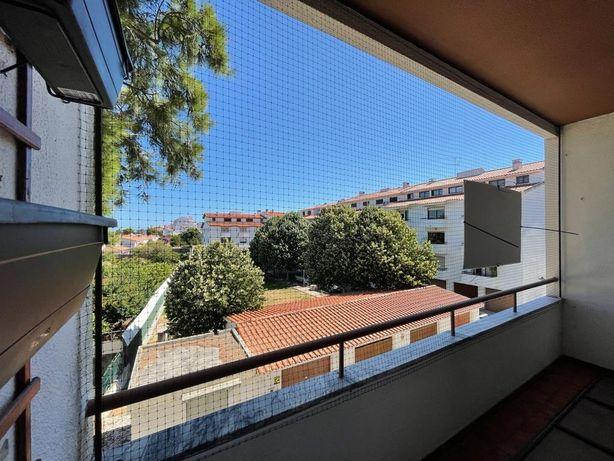 Apartamento T3 com garagem box em Cascais