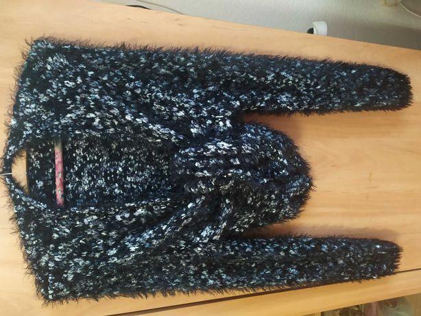 Sprzedam swetry F&F