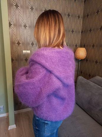 sweter ręcznie robiony
