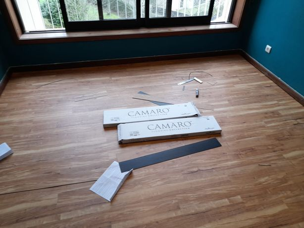 Aplicação pavimento flutuante/pintura