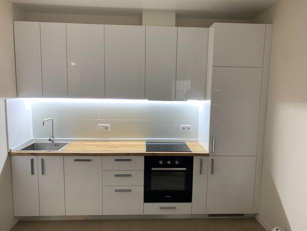 Кухня прямая 3 м