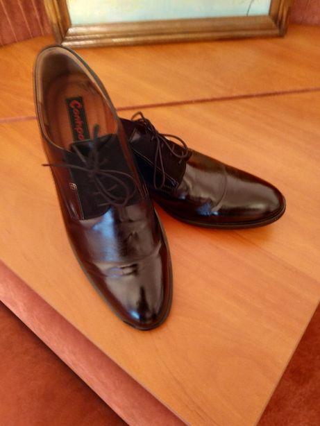 Продам нові шкіряні туфлі. Виробник Польща.