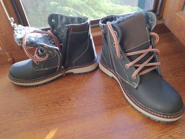 Продам ботинки унисекс новые