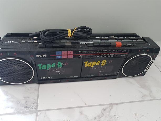 Radiomagnetofon jamnik