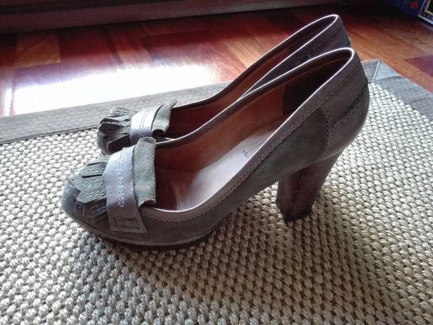 Sapatos Senhora nº 37 Maximo Dutti