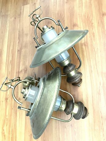 2 candeeiros tipo industrial
