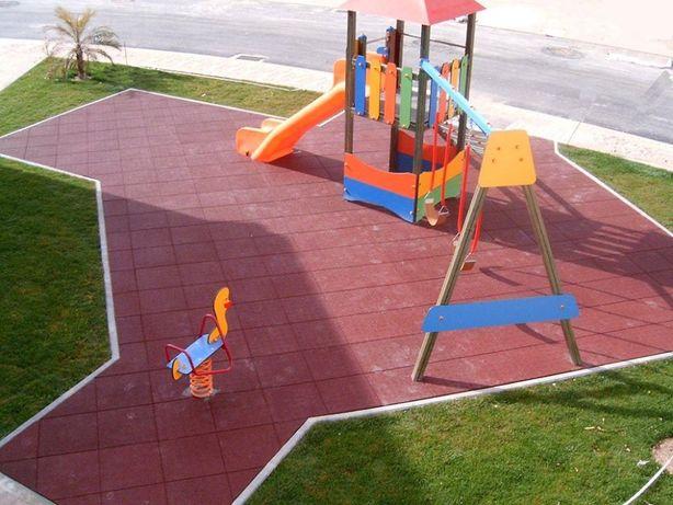Placas de borracha para parques infantis