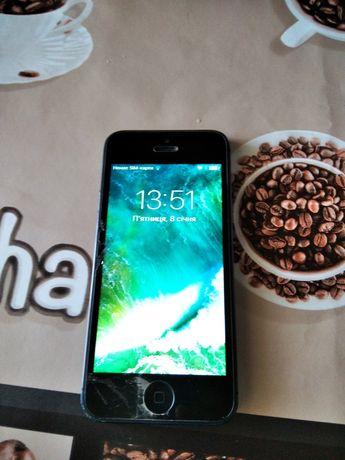 IPhone 5  продається