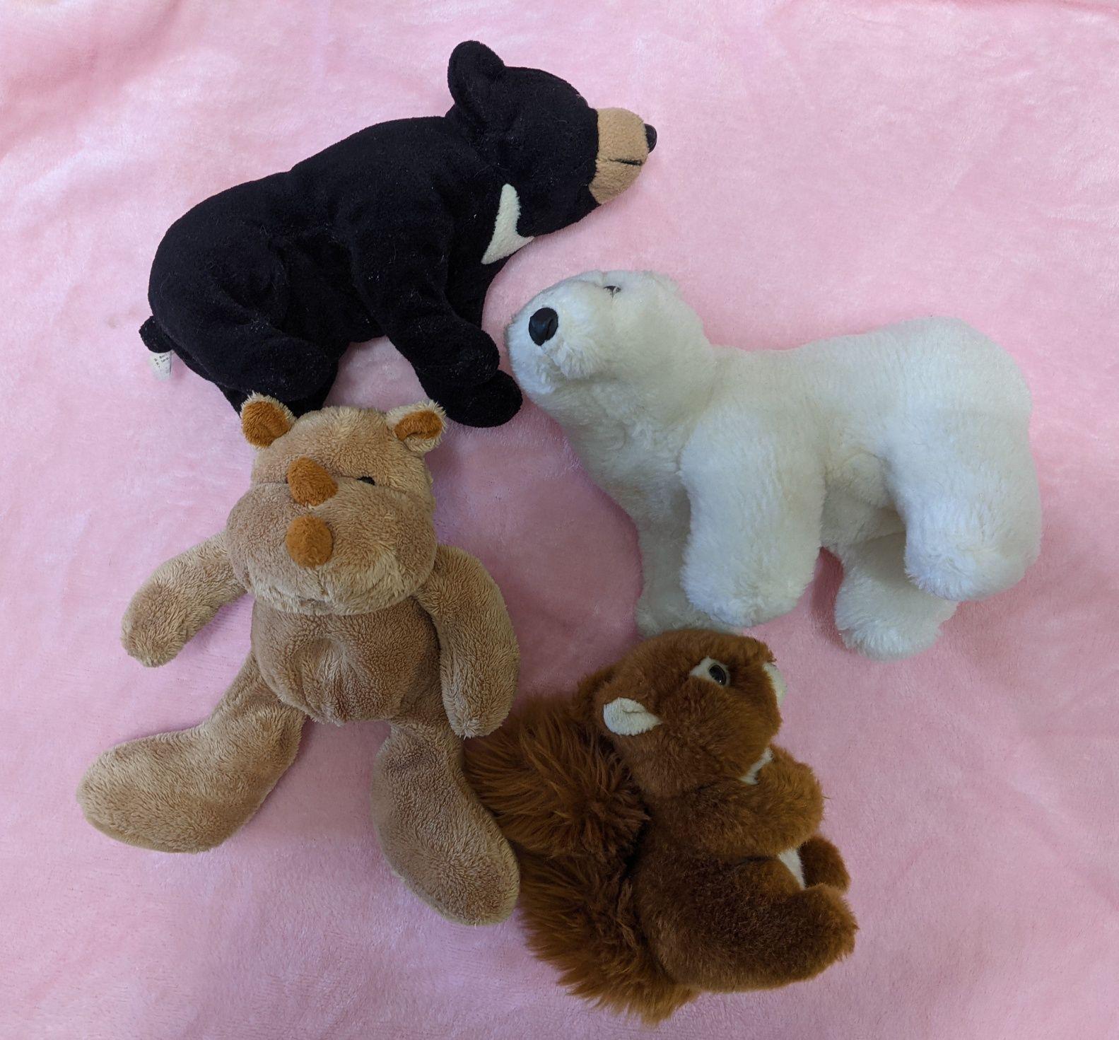 Белка, носорог, белый медведь. Игрушки мягкие.