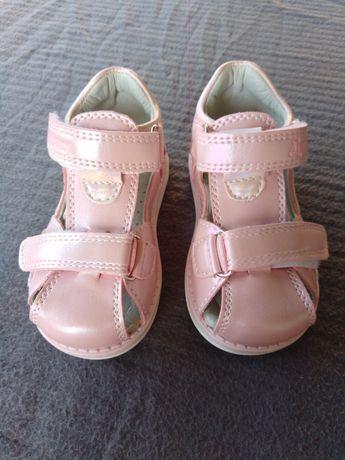 Sandałki dla dziewczynki Ortopedyczne Nowe