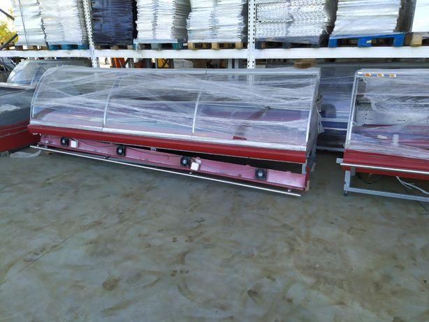 Холодильные витрины Б/У под выносной холодильный агрегат для магазина