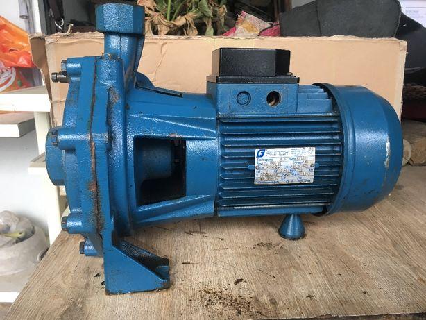 Motor trifasico 2 turbinas
