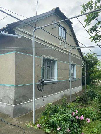 Продаю  большой дом с огромным учатском в с. Броска (Под Измаилом)