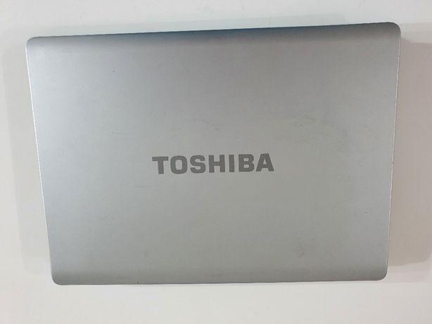 На деталі ноутбук Toshiba L305D AthlonX2 (2.1Ghz)\1Gb DDR2\160Gb HDD