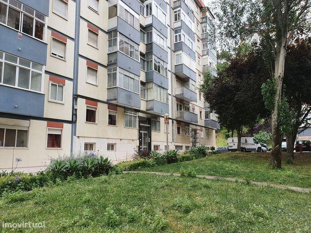 Apartamento T3 a entregar remodelado, São Domingos de Benfica (em obra)