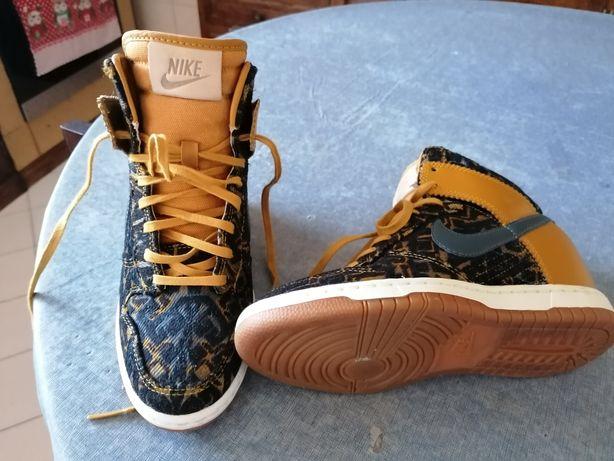 Sapatilhas Nike sky dunk Tam 36.5