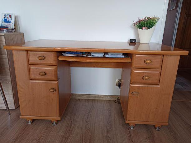 Duże biurko drewniane 137x67x76,5cm