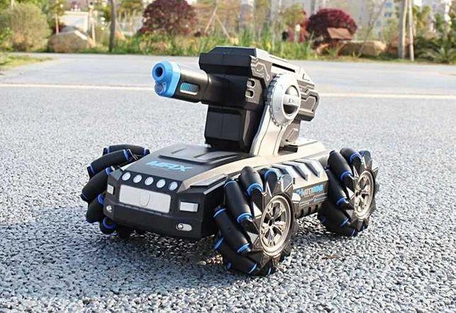 Танк 30м, Стреляющий гидропульками управление рукой на аккумуляторе