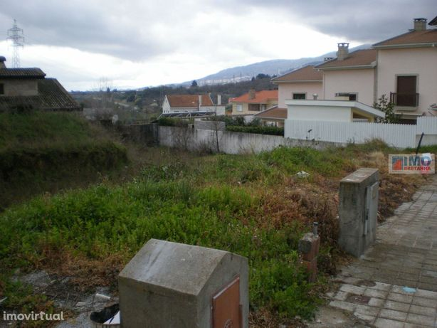 Lote de Terreno p/ Construção de Moradia - Canhoso
