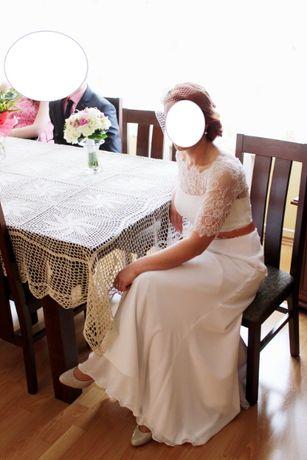 suknia ślubna z odpinanym paskiem