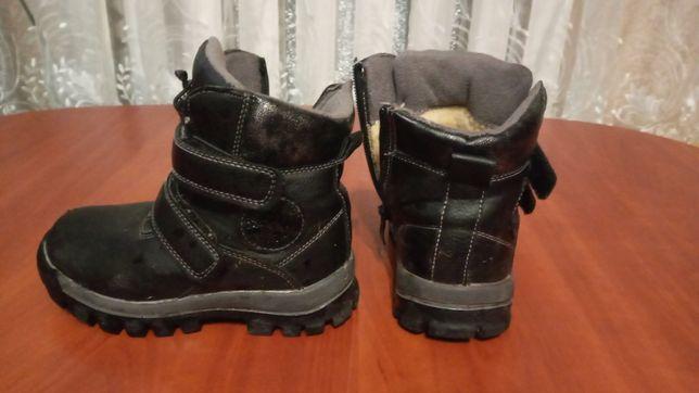 Шкіряні зимові чобітки 27 розмір
