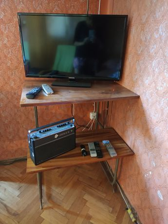 Stolik drewniany RTV, pod telewizor PRL
