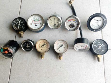 Conjunto de manómetros vintage