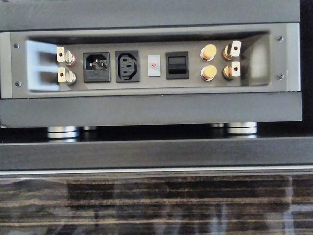 Amplificador QUAD 606 último preço