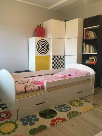 Łóżko dziecięce ze skrzynią 180 x 90 + Ikea zestaw zabawek