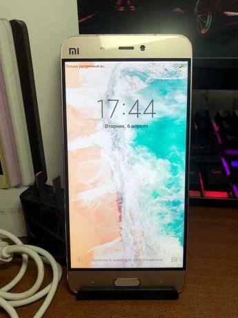 Продам Xiaomi mi 5 3/32 nfc+ 820 snapdragon в хорошем состоянии