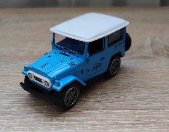 Małe autko :)