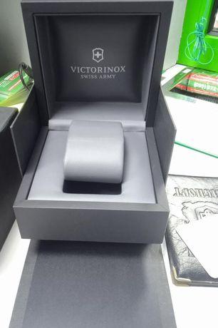 Наручные часы Victorinox Swiss Army V241304