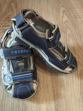 Новые босоножки сандали на мальчика