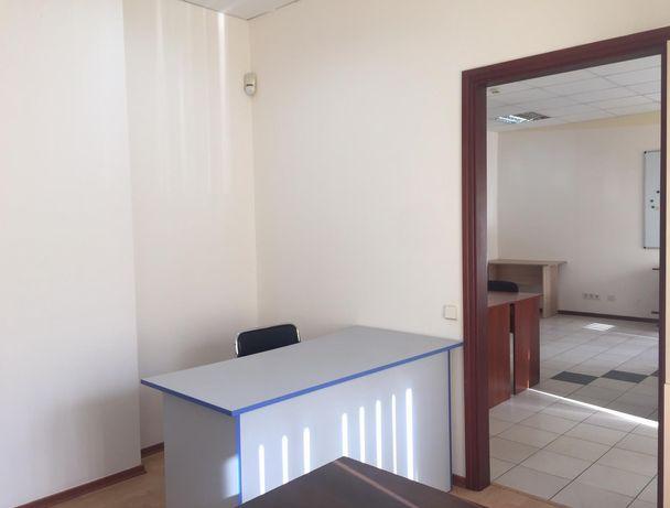 Блок из 2 офисов с мебелью 36 м2 для интернет-магазина на Кардачах