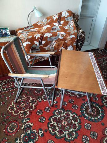 Стол и стул для уличной торговли.отдыха.