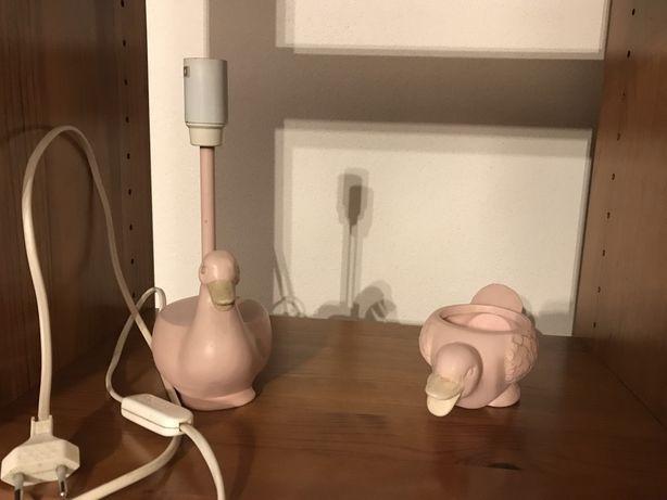 Candeeiro e guarda-jóias pato rosa