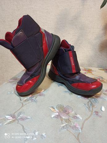 Ботинки  осень -зима. 34 р