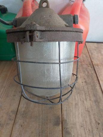 Stara lampa do altany