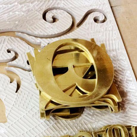 Буквы, символы, логотипы, декоры из металла
